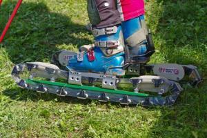 Ingrid_Hirschhofer_Grass_Skiing_World_Championships_2009_Grass_skis
